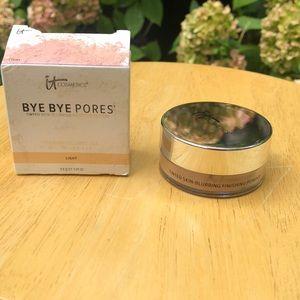 It cosmetics tinted skin blurring finishing powder